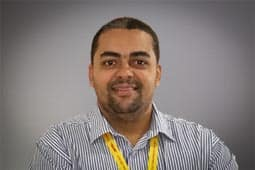Nelson Carvalho