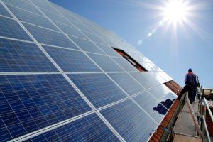 Solarpanel auf einem Dach