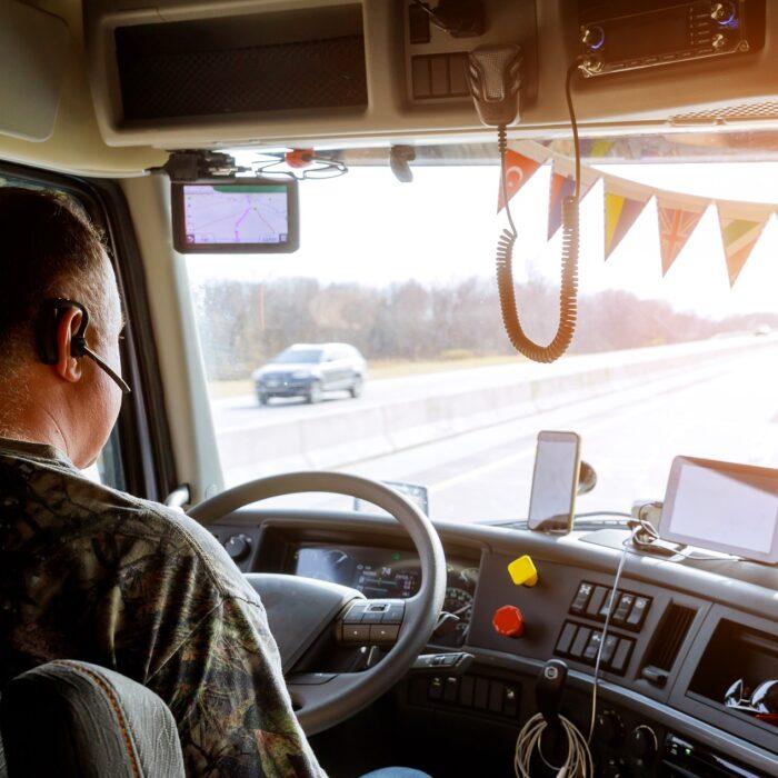 Transport logistics 4.0: Digital solutions for better communication